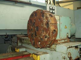 Lathe with CNC 16A20F3 before repair 2