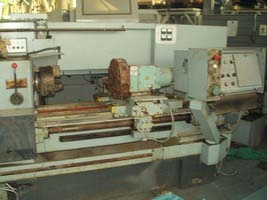 Lathe with CNC 16A20F3 before repair 3
