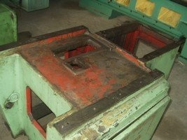 Surface grinding machine with a cross table and horizontal spindle 3G71 before repair 2