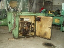 Surface grinding machine with a cross table and horizontal spindle 3G71 before repair 3