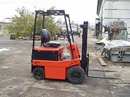 Electric loader EV-687