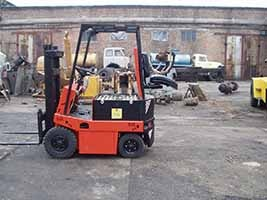 Electric loader EV-687 5