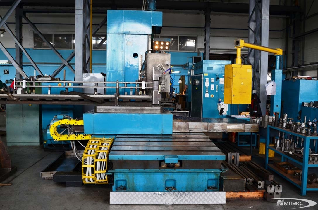 Horizontal boring mill 2A622F4 2