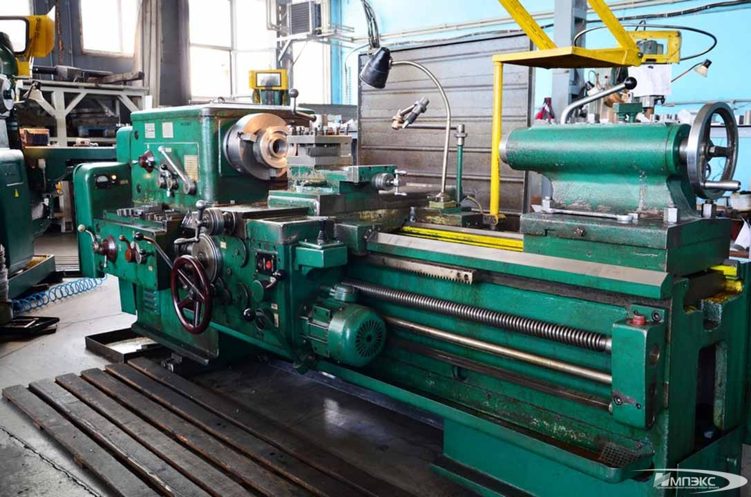 Universal turning lathe model 1M63*1500 2