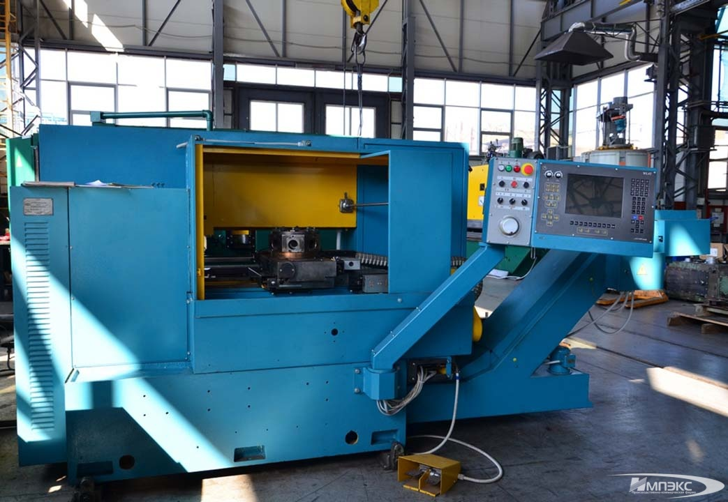 Turret lathe model 1V340F30 2